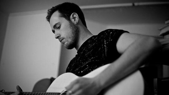 Marcus Coyne Singer-Songwriter