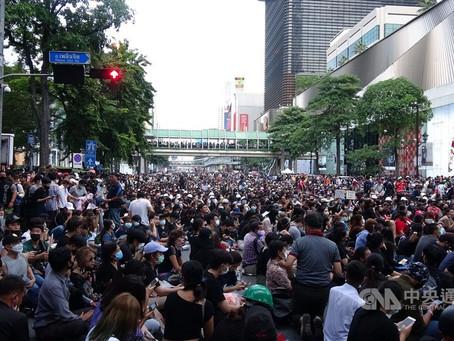 泰國抗議情勢升溫 總理:不會戒嚴不會政變