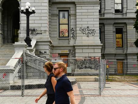 科州議會大廈周圍大部分區域將修建永久性圍欄