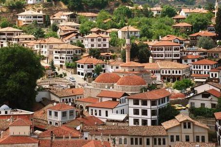 世界產 —薩夫蘭博盧城