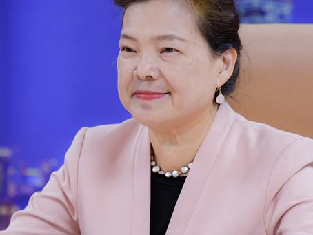 參與APEC婦女與經濟論壇 王美花分享紓困振興措施