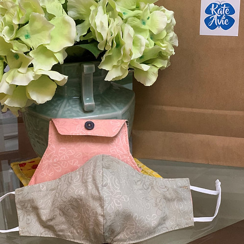 Reversible Mask with bag