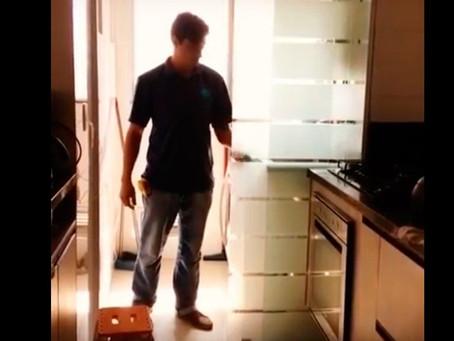 Vou perder espaço ao instalar uma divisória entre minha cozinha/lavanderia?