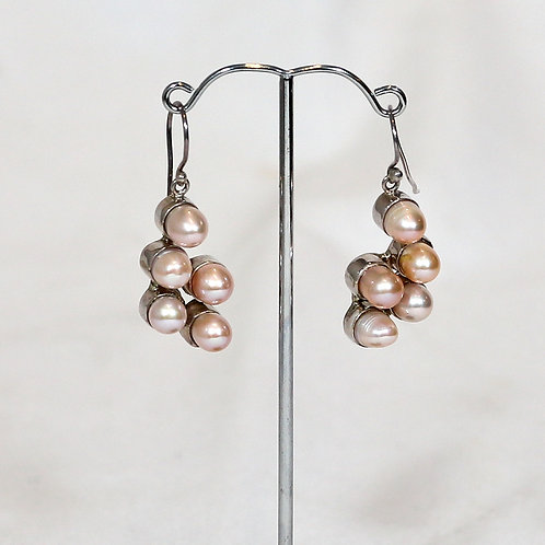 Pearlette Earrings 2