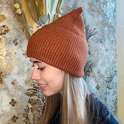 Trendige  Mütze mit Goldglitzer