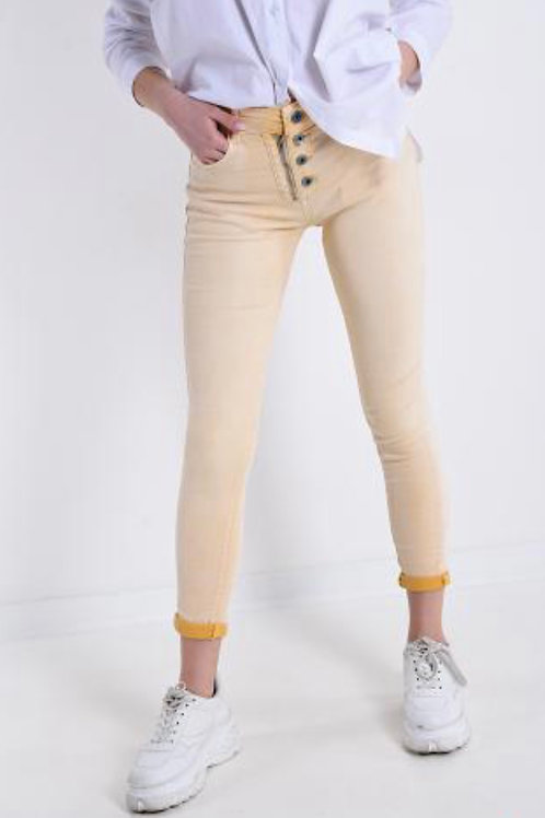 Jeans mit Knöpfe