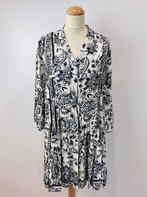 Kurzes Sommerkleid oder Tunika