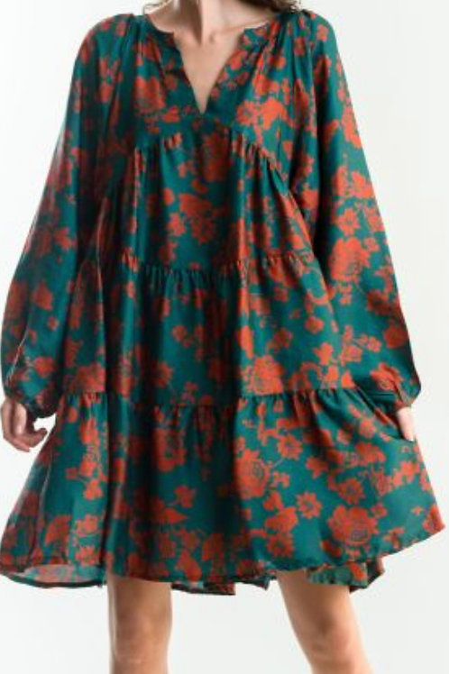 Kurzes Kleid mit Blumen