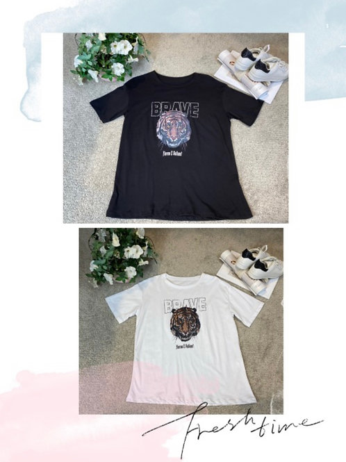 Stylisches T-Shirt Löwe