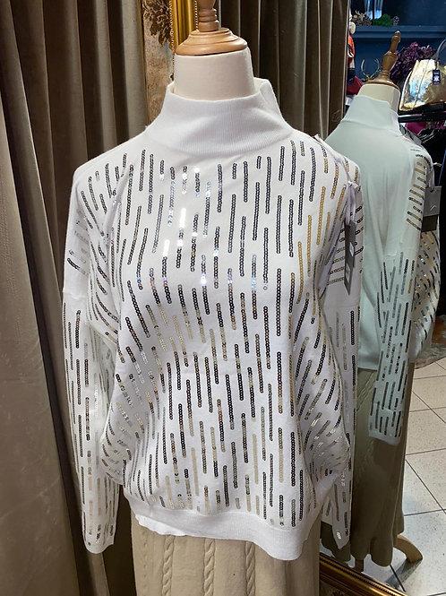 Stylischer  Pullover mit Stehkragen und Strasssteinen