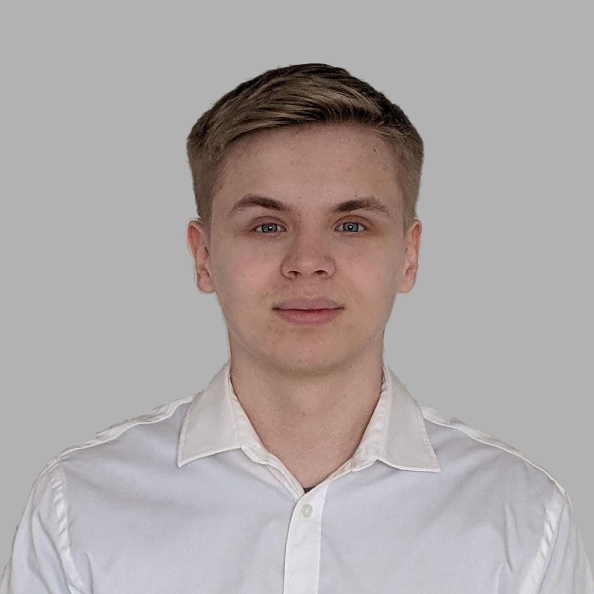 Олександр Торговських
