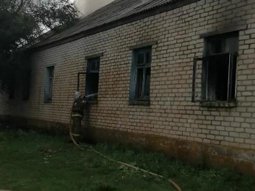 Пожар в неэксплуатируемом здании