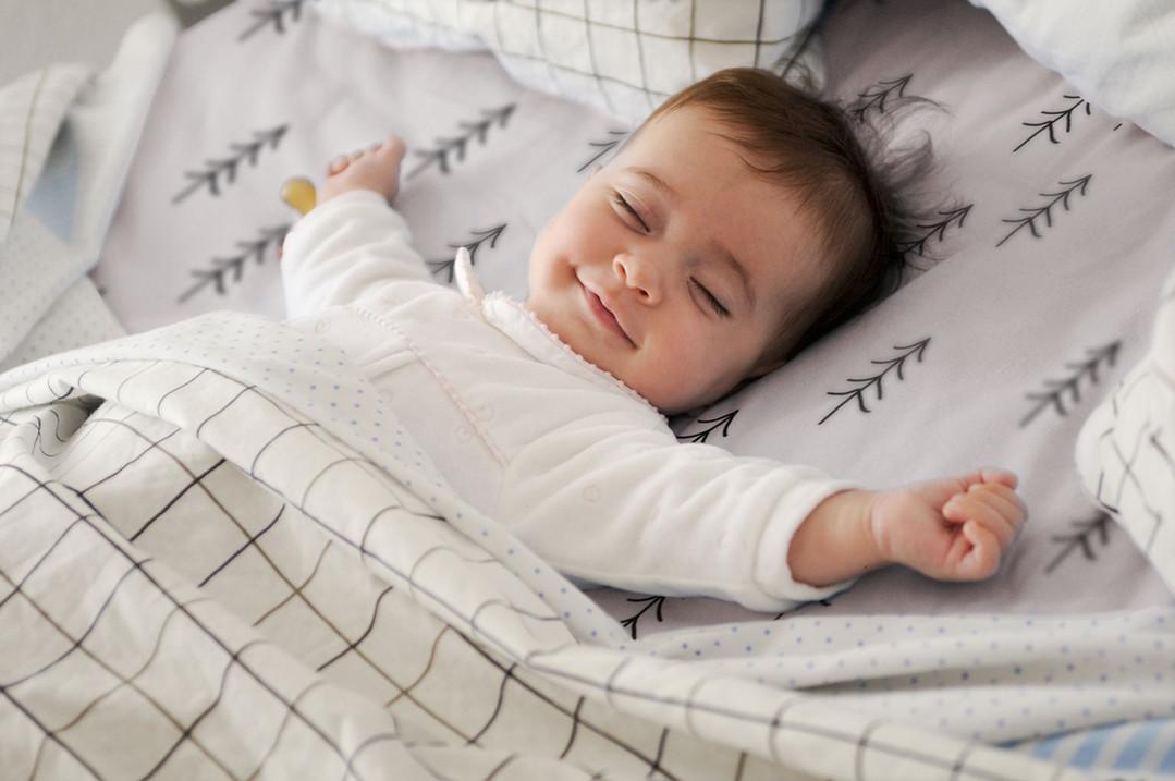 bebê de sono