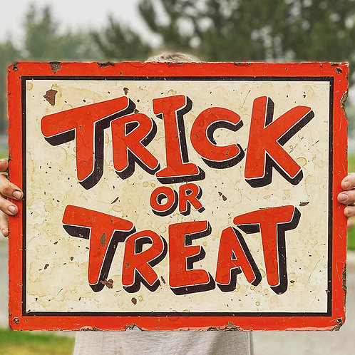 Trick or Treat Boarder
