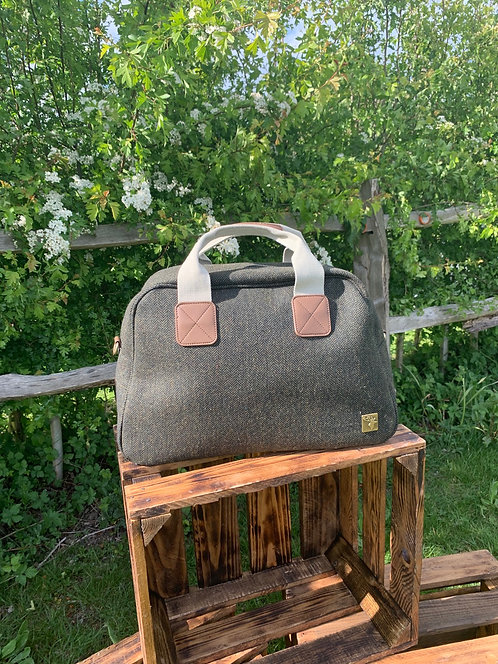 House Of Tweed Travel Cabin Bag click for more colours