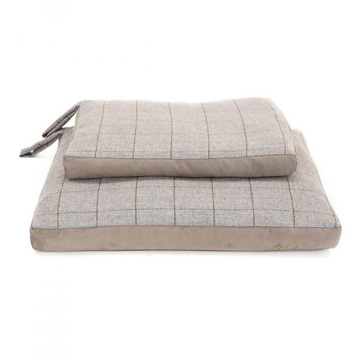 TweedMill Dog Bed Silver Tweed / Silver Grey Suede