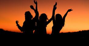 SPONTÁNNÍ TANEC pro ženy 50+ |ČTVRTEK | 10.00-11.00 h