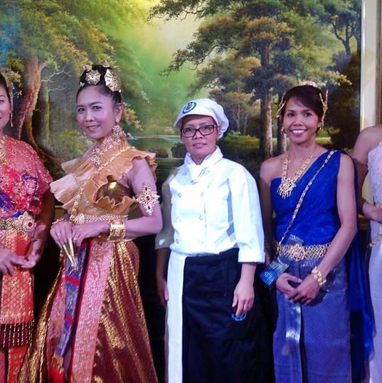 Thai Dance4.jpg