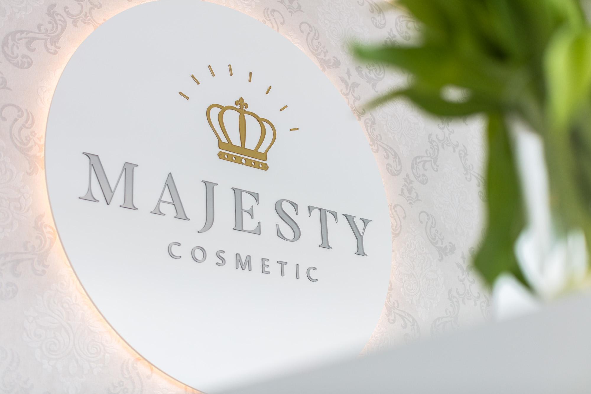 Majesty Cosmetic Oftringen_54