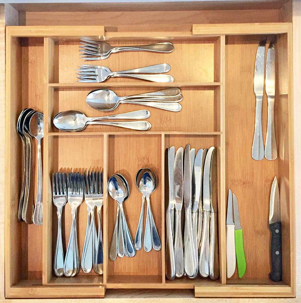 Easy access to silverware