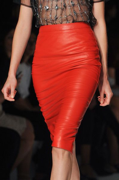 red leather pancil skirt