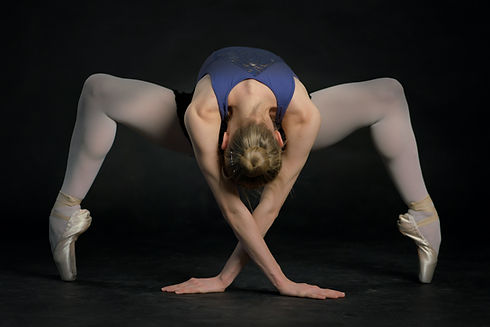 Dancer M petr-ruzicka--unsplash.jpg