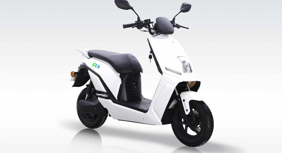 Lifan-E3-Standard-White-2.jpg