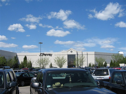 JCPenney exterior, 2006