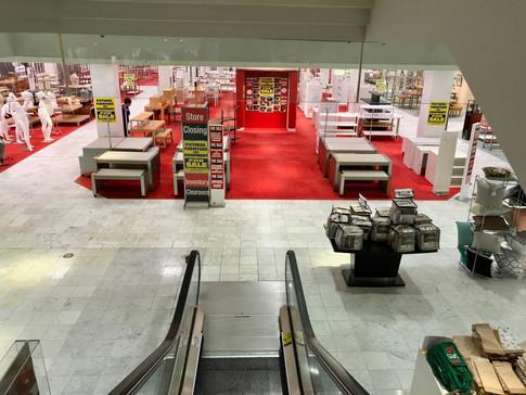 Former Filene's (then Macy's) interior before closing, 2017