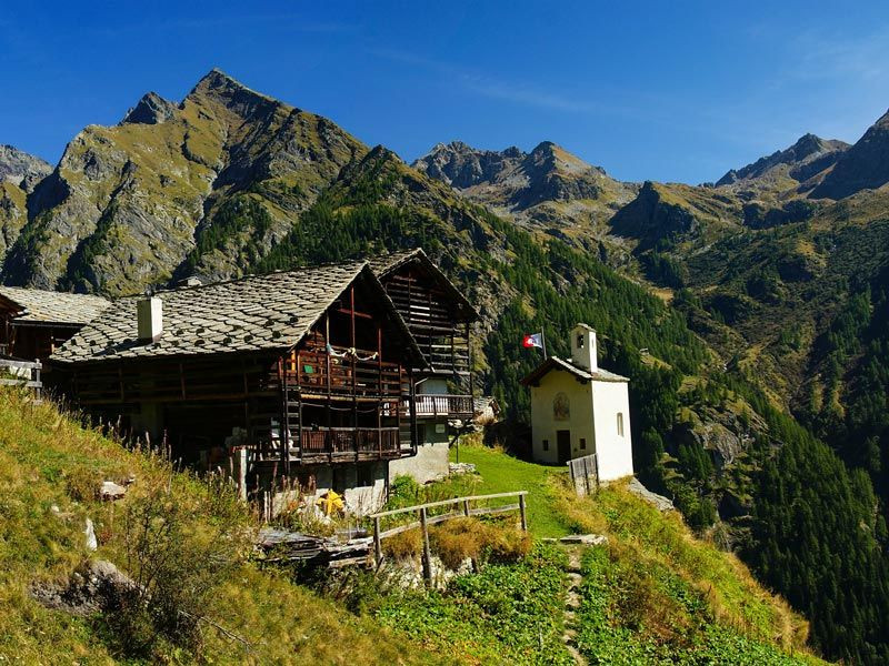 Alpenzu_estate.jpeg