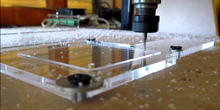 CNC-acrylic-2.jpg