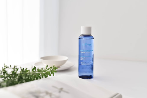 Isntree Hyaluronic Acid Toner Plus