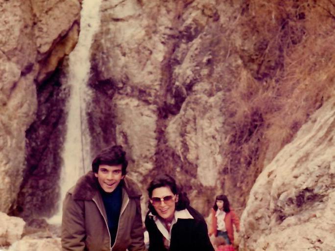 שרון עם סוראיה בטיול בצפון טהרן
