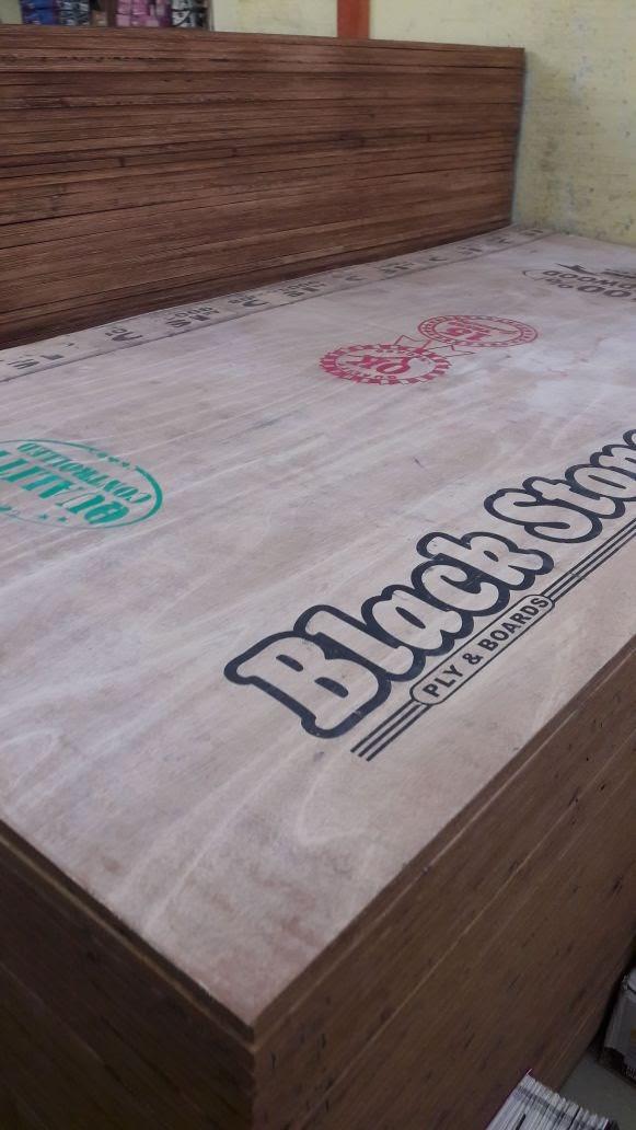 Plywood Manufacturers in Kerala - Semi Hardwood Plywood with Oukume Face Veneer