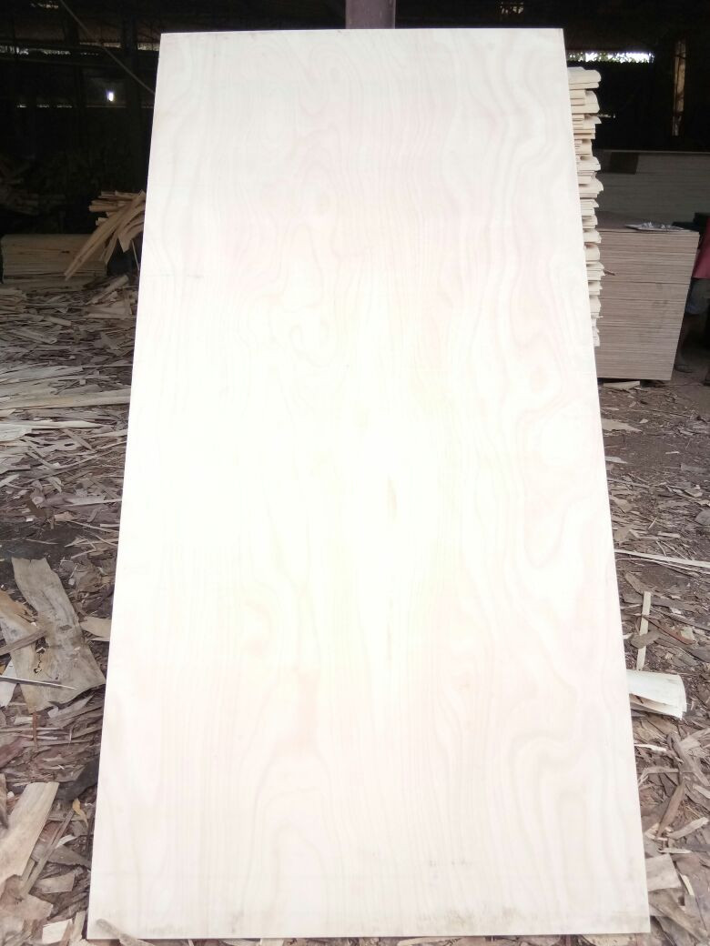 Makkai Face Hardwood Plywood