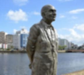 Cicuito da Poesia, Estatua de Ariano Suassuna.jpg