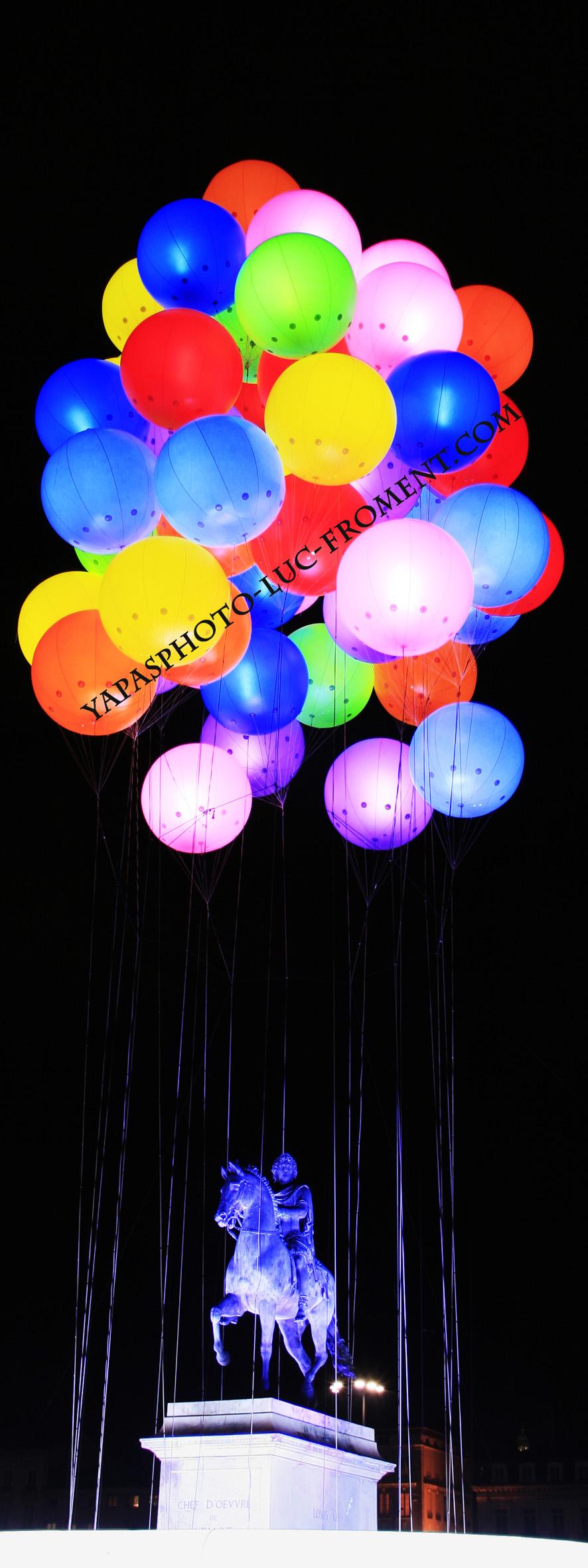 Ballons portrait WM