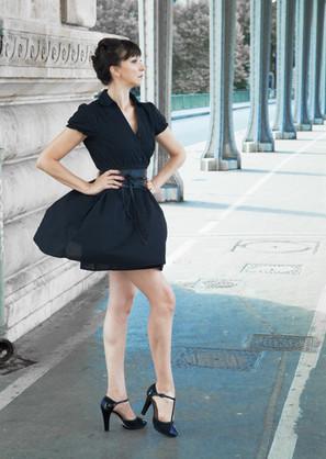 Laura-Lago-comedienne-france-danseuse-fe