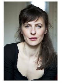 Mathilde-Levesque-portrait-com%C3%A9dien