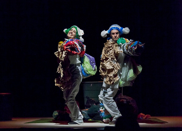 Le-petit-theatre-permanent-prisedevuesce