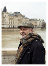 Enrique-Morales-ecrivain-comédien-photographie-par-Laura-Lago-Paris