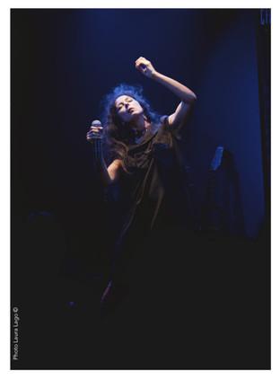 Gael Mussatti-musicienne-chanteuse-comédien-photographie-par-Laura-Lago-Paris