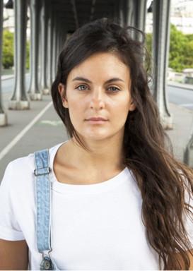 Camille-danseuse-book-portraits-photographie-par-Laura-Lago-Paris