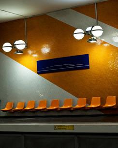 metro-paris-orange--photographie-mural-decoration-laura-lago