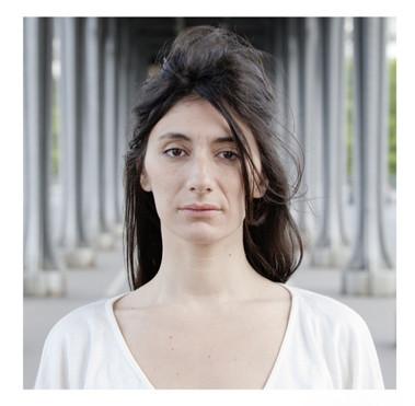Laura-Paoletti-artiste-de-cirque-comédien-photographie-par-Laura-Lago-Paris
