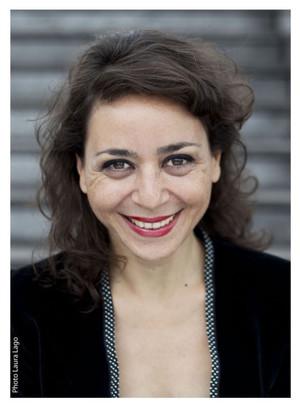 Nana-chateuse-musicienne-portraits-comédien-photographie-par-Laura-Lago-Paris