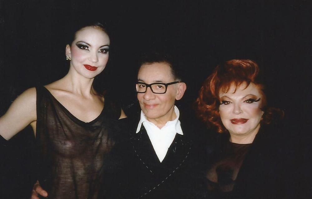 Derrière la scène du Théâtre Mogador lors de la remise des prix Molières 2003 à Paris