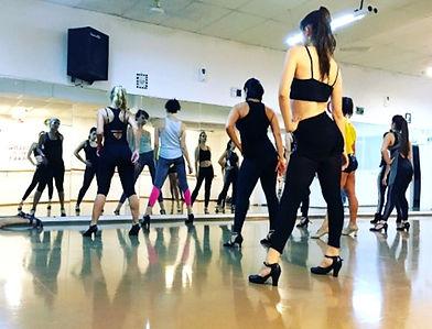 cours-danse-paris-talons-femmes-lauralag