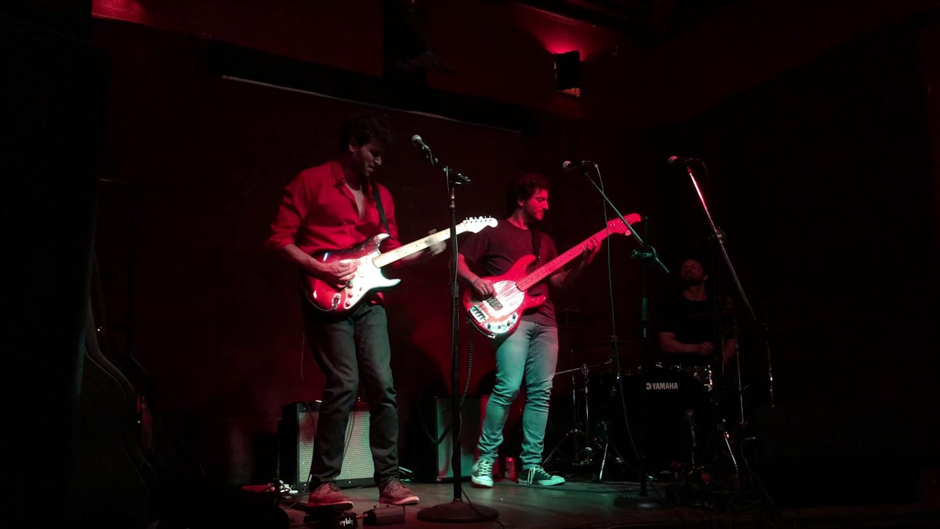 Blue Boys - Jail House Rock