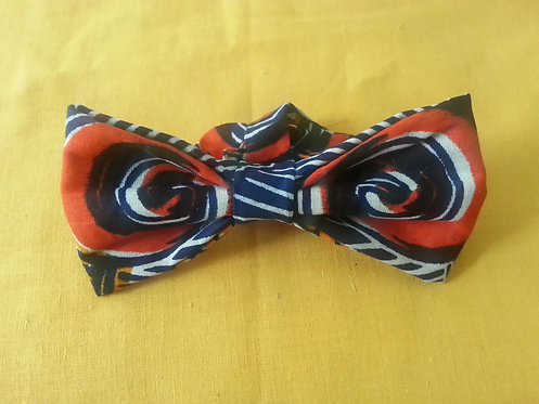 All Mad Here Bow Tie in Multicolor